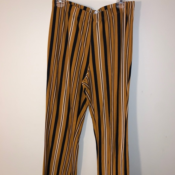 Stripped flare pants